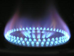 Incendies domestiques : jeter de l'eau ou de l'huile sur le feu?
